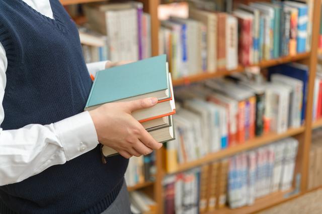 中学校での所見の書き方や例文・文例・書式や言葉の意味などと記入例