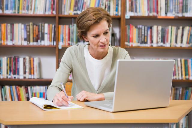教職員の査定評価の書き方や例文・文例・書式や言葉の意味などと記入例