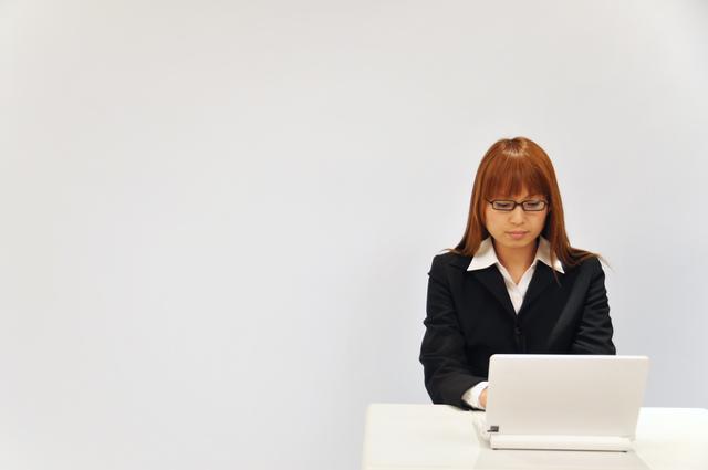 お客様へメールでの詫び状の書き方や例文・文例・書式や言葉の意味などと記入例