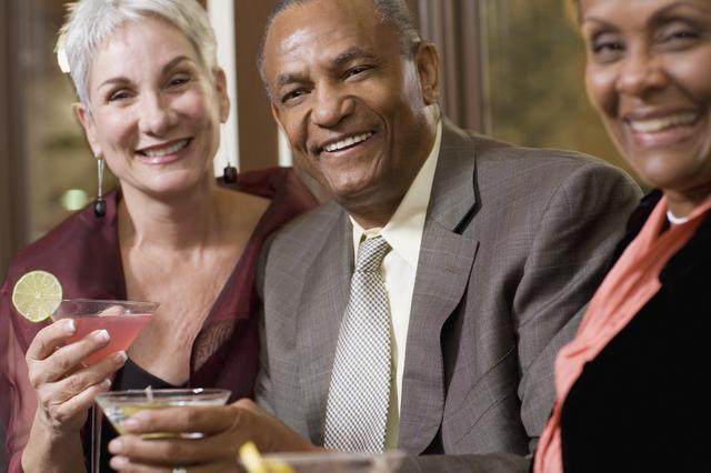 退職の案内の書き方や例文・文例・書式や言葉の意味などと記入例